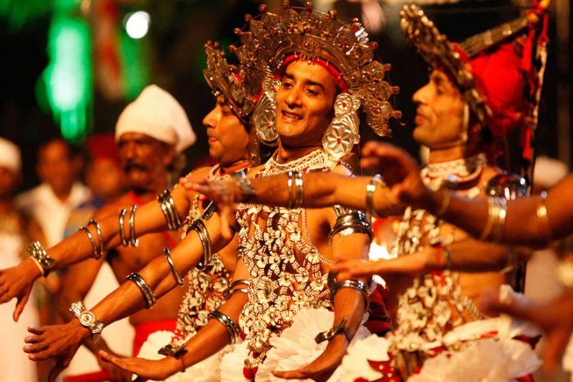 kandyan-dancer