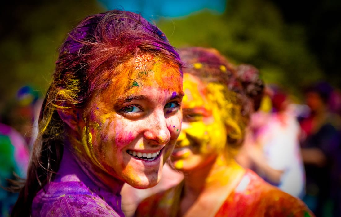 Private Tour Celebration of Holi in India